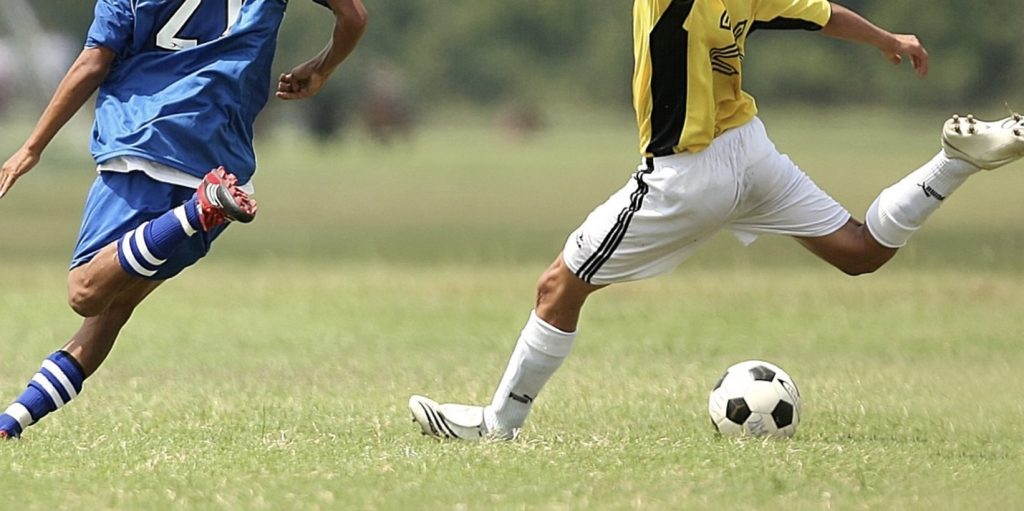 Czy bukmacherzy mogą legalnie pokazywać mecze online?