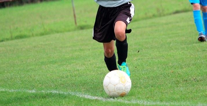 Jak dobrze obstawiać mecze piłki nożnej?